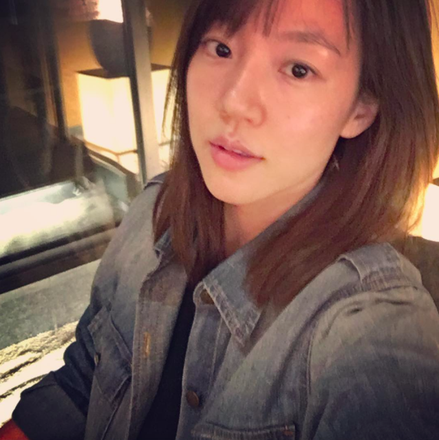 Im Soo Jung Writes Back to Malicious Commenters Who Criticized Her Makeup-less Face