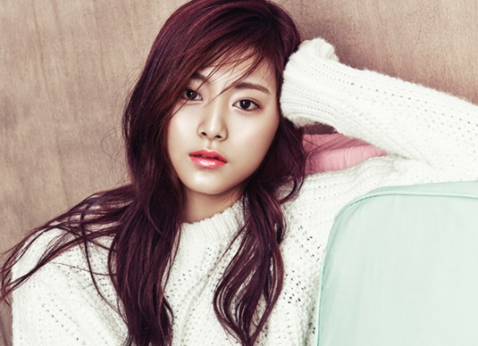 TWICE's Tzuyu to Take Junior High School Certification Exam in Taiwan
