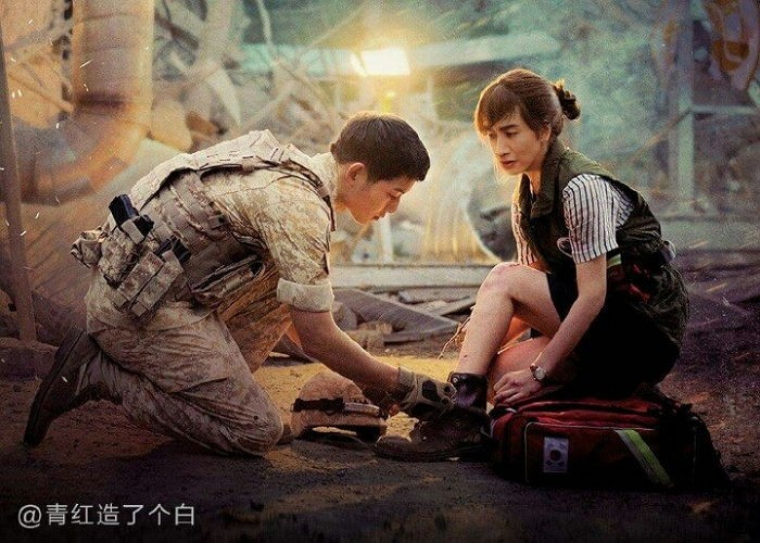 "Lee Kwang Soo Is a Natural Female Lead In ""Descendants of the Sun"" Fan Posters"