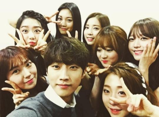 b1a4 jinyoung girls on top kim sohye yoo yeungjung kang sira han hyeri kim doyeon yoon chaekyung kim sohee