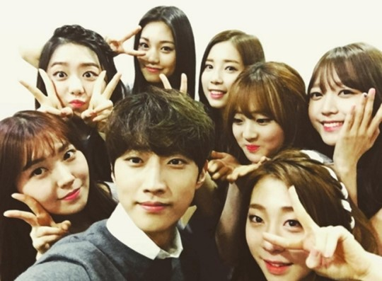 "B1A4's Jinyoung Praises Juniors In ""Produce 101"""