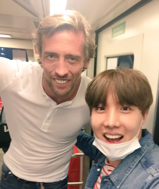 Peter Crouch J-Hope