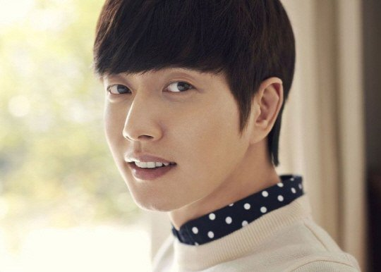 "Park Hae Jin Shares Thoughts on His Love Life and ""Cheese in the Trap"""