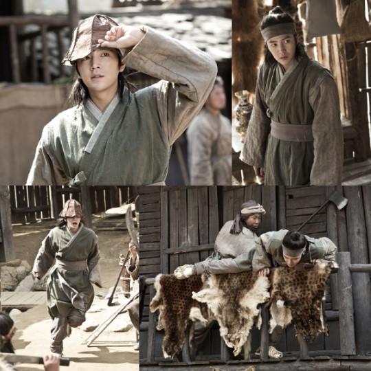 """Jang Geun Suk Is Busy Running In """"Jackpot"""" Stills"""