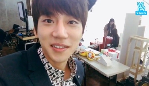 Hwang Chi Yeol Talks About His Immense Popularity in China