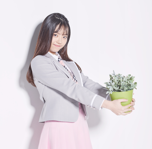 IOI's Kim Sohye to Continue to Pursue Her Acting Dream