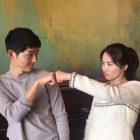 Song Hye Kyo Gifts Song Joong Ki And Staff With Coffee Truck On Set Of New Film