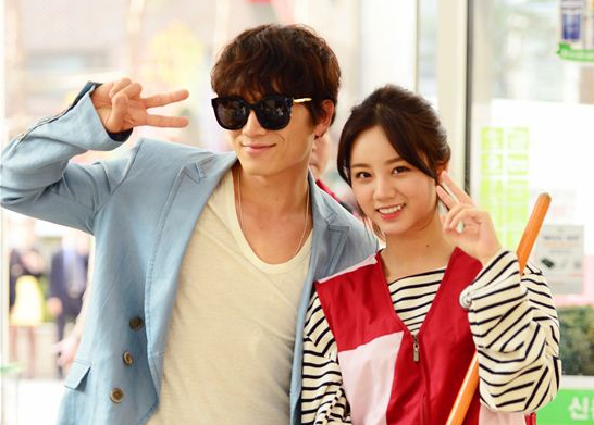 """Girl's Day's Hyeri Shares """"Entertainer"""" Co-Star Ji Sung's Meaningful Advice"""