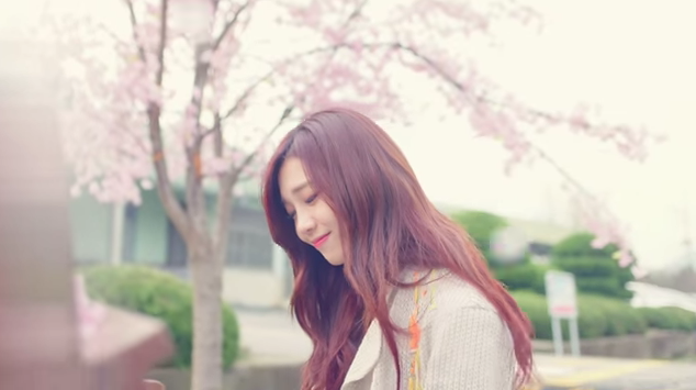 """Update: A Pink's Jung Eun Ji Is as Beautiful as Cherry Blossoms in MV Teaser for """"Hopefully Sky"""""""