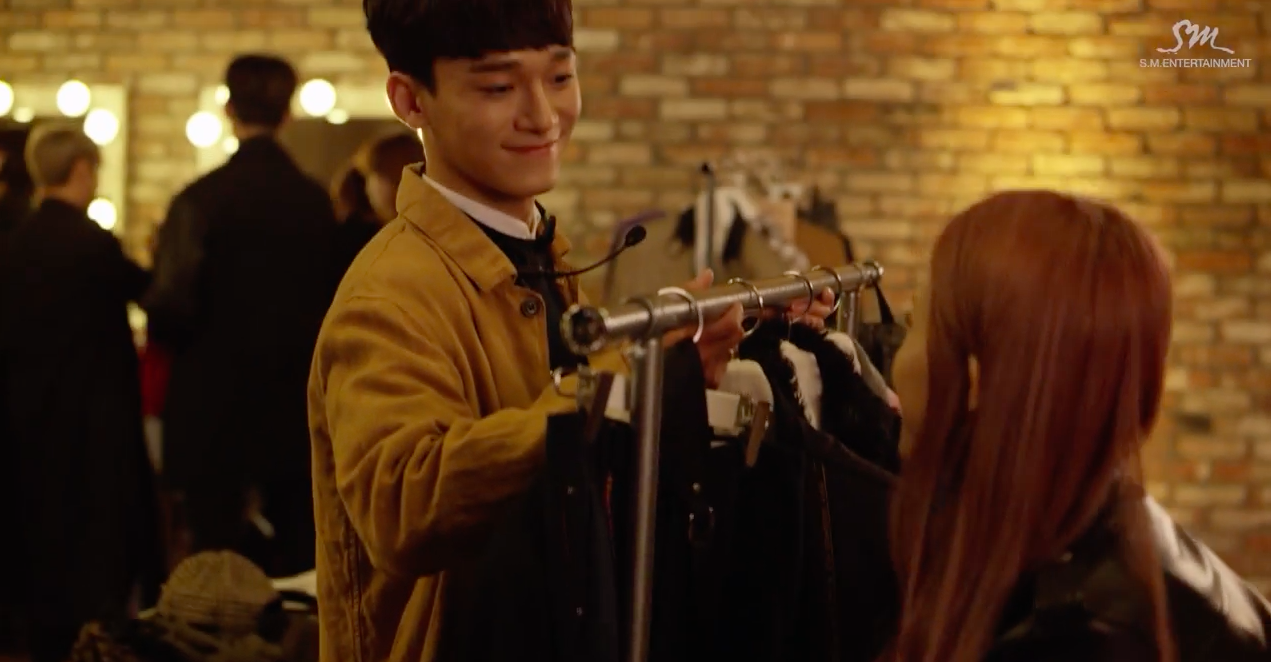 "EXO's Chen and Rapper Heize Feel a ""Lil' Something"" for Each Other in New MV"