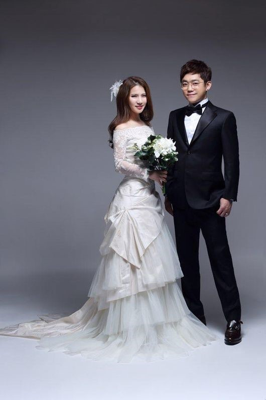 Wedding Dress Song 10 Cute YG Family Gathers to