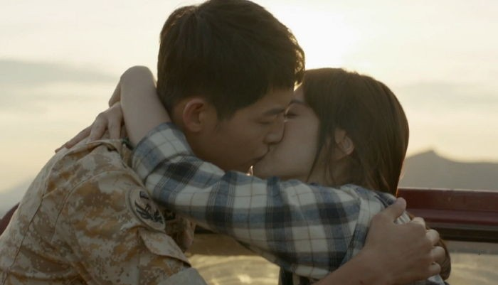 """Call It: Will """"Descendants of the Sun"""" Have a Happy or Sad Ending?"""