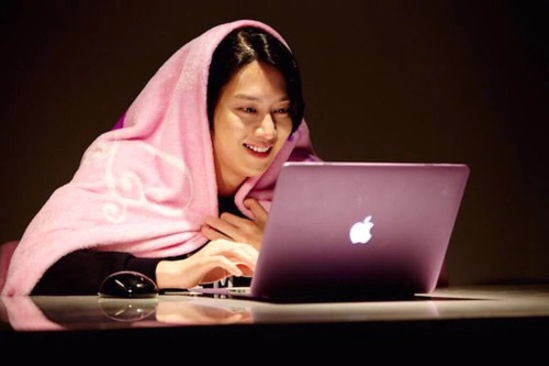 8 Types of K-Pop Posts on Tumblr That Are Everything