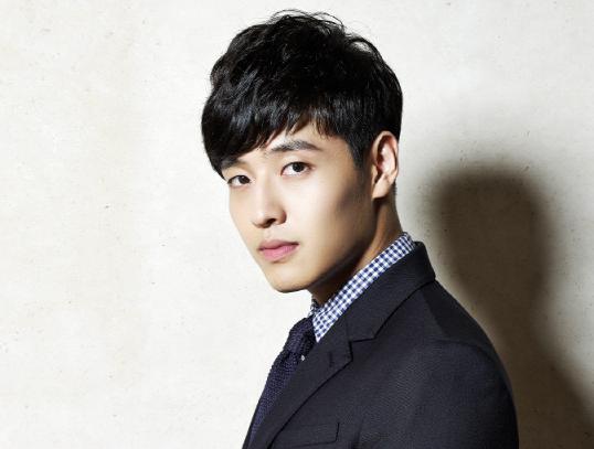 Kang Ha Neul in Talks to Play Idol Star in New MBC Drama