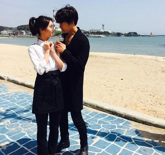 Ji Sung and Hyeri Gaze into Each Other's Eyes on the Beach
