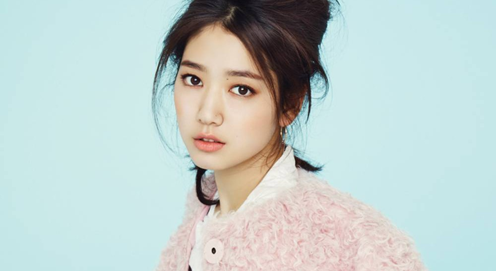 Park Shin Hye Shows Loyalty to Former Director by Making Web Drama Cameo