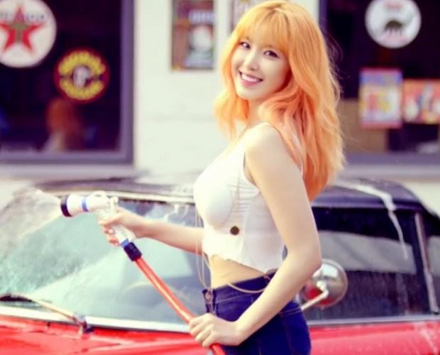 Secret's Hyosung Joins SNL Korea as Fixed Cast