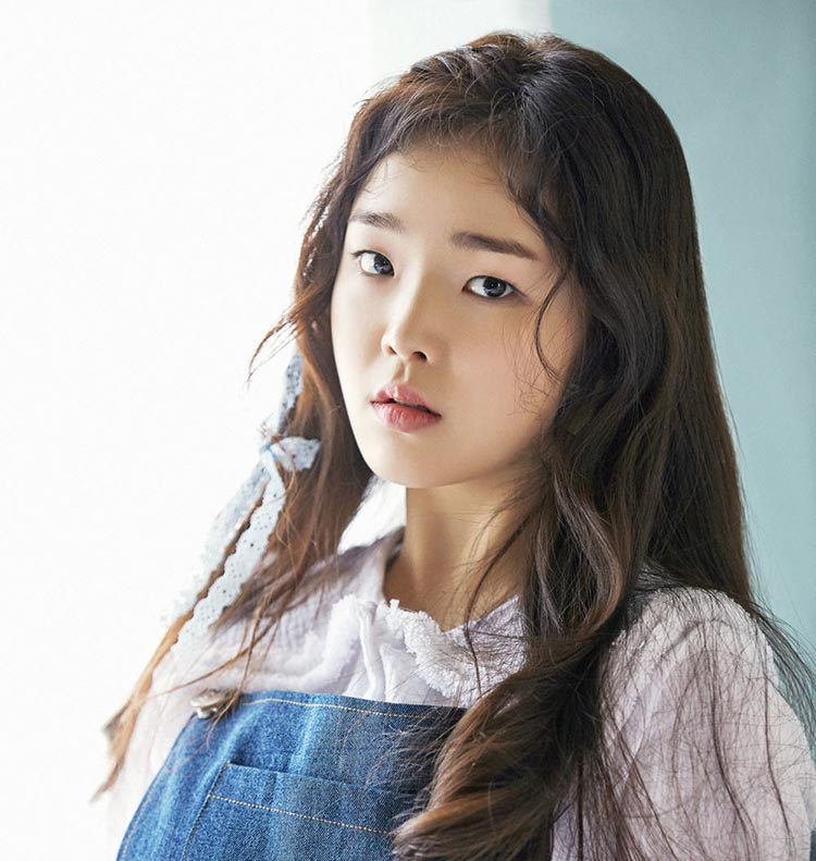 Oh My Girl's Seunghee Is on the Mend, Expected to Return to Promotions Soon