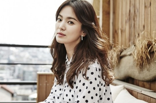 "Song Hye Kyo Looks Back On Drama ""Autumn In My Heart"" On 16th Anniversary Of Premiere"
