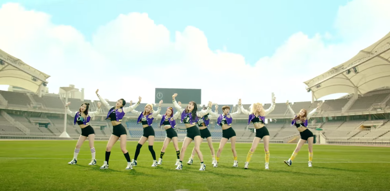 """""""Cheer Up""""! TWICE Is Back With a New Music Video"""