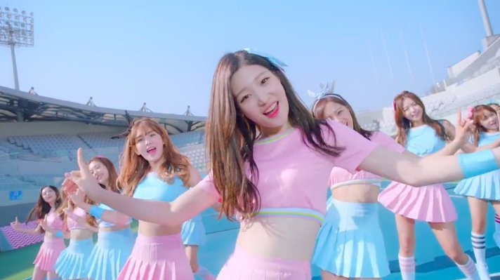 """Update: I.O.I Drops Video Teaser For Debut """"Dream Girls"""" MV"""
