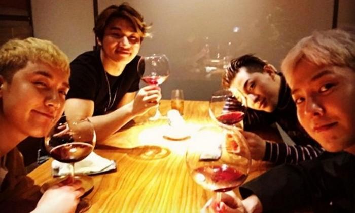 BIGBANG Members Miss T.O.P While He's Away