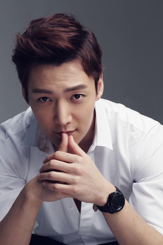 Choi-Jin-Hyuk-military