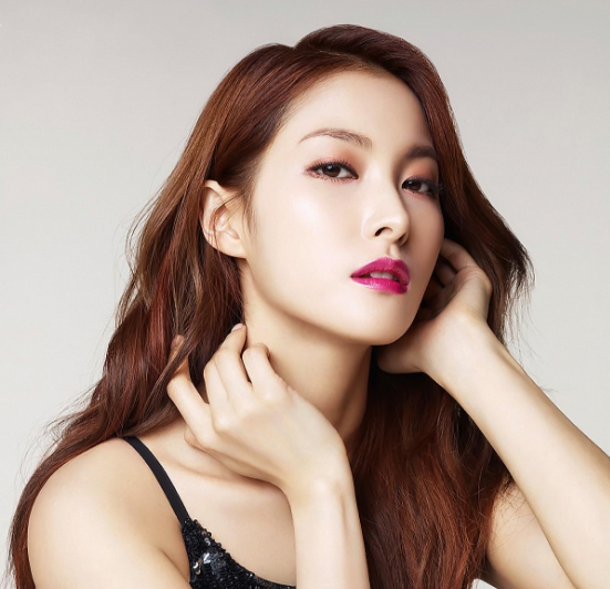 Park Gyuri Says She and Co-Star Kim Jae Wook Got Drunk For Kiss Scene In New Film