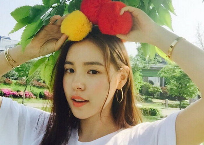 Min Hyo Rin Responds To Rumors Surrounding Her Pets On Instagram