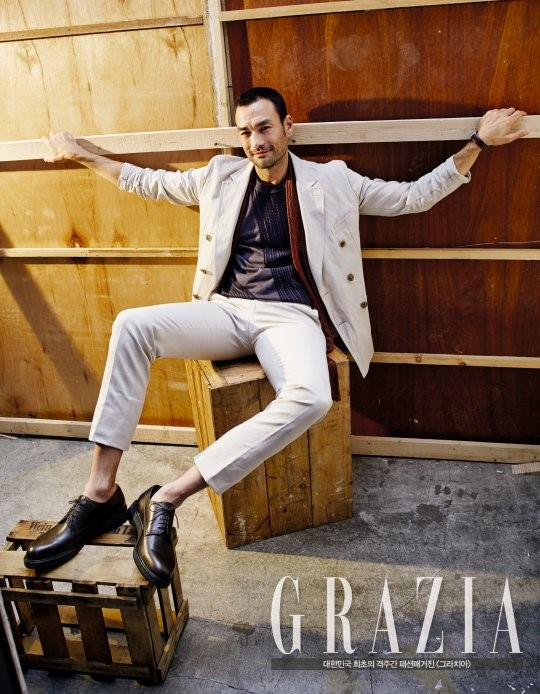 """David Lee McInnis Talks About His """"Descendants Of The Sun"""" Character With Grazia"""