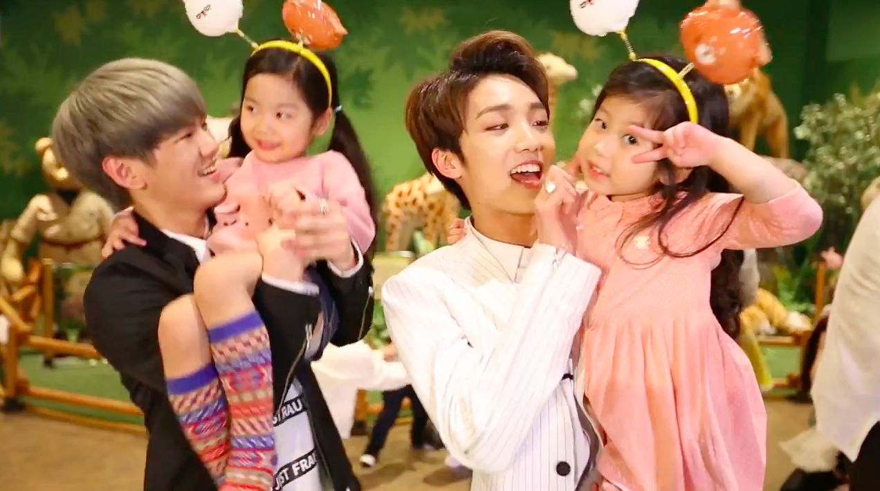 "Watch: UP10TION Celebrates Children's Day By Performing ""Attention"" With Adorable Kids"