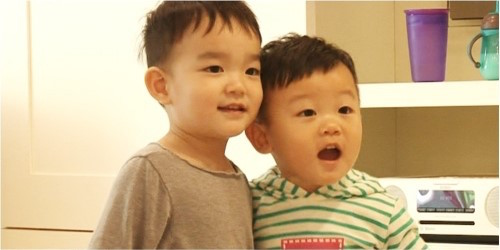 """Da Eul And Daebak Become The Best Of Friends On """"The Return Of Superman"""""""