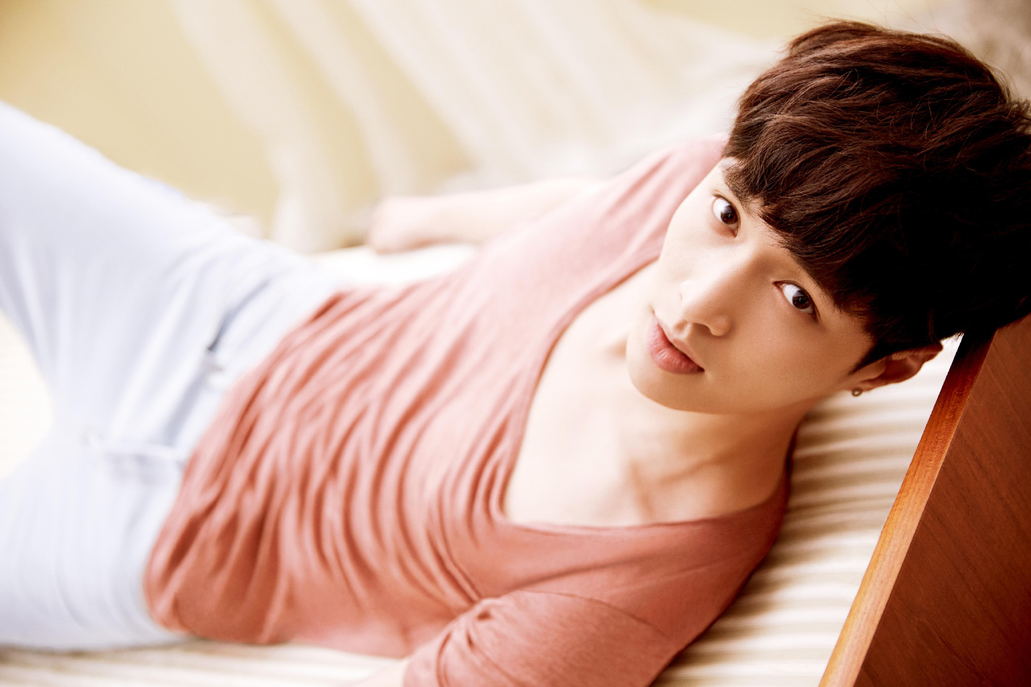 EXO's Lay Is Hospitalized After Collapsing From Food Poisoning