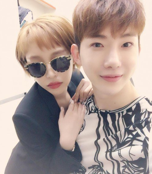 """""""Adam Couple"""" Reunites As Gain Supports Jo Kwon At His Musical"""