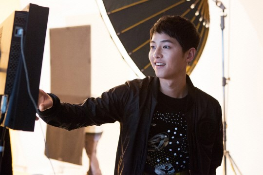 Song Joong Ki Is A Handsome Busy Bee For Kolon Sports