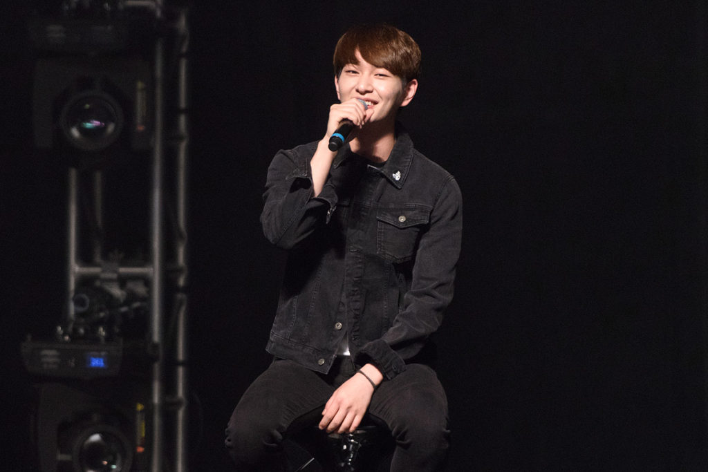 shinee-chicago-onew