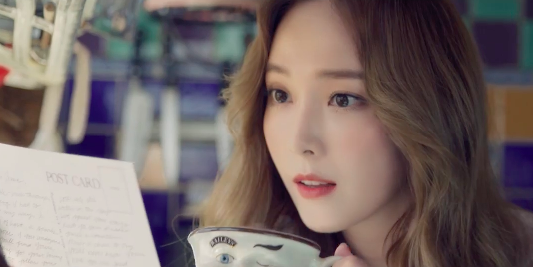 """Watch: Jessica Makes Solo Debut With """"Fly"""" MV"""