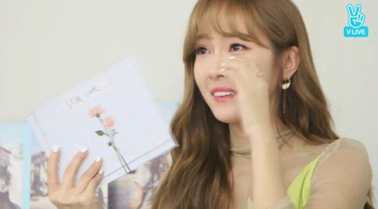 Jessica Cries On Live Show As She Reads Fan Letter