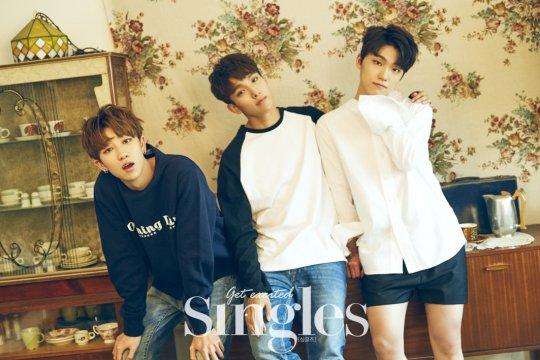 SEVENTEEN Singles2