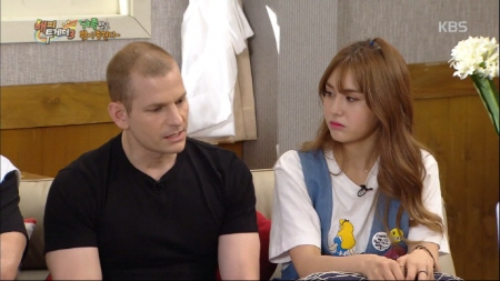 """Jeon Somi Reveals Why She Wanted Plastic Surgery On """"Happy Together"""""""