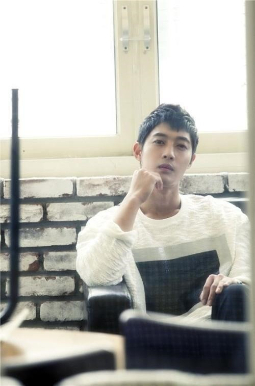 Kim Hyun Joong's Side Claims He Could Have Made As Much Money As Song Joong Ki If Not For The Scandal