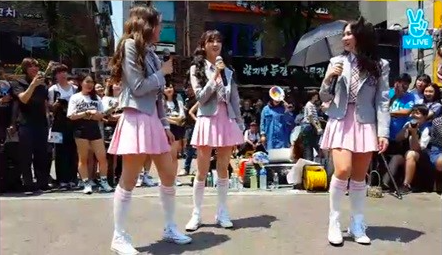 Star Empire's Upcoming Girl Group Members Sing 9Muses' Songs For Busking Performance