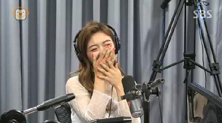 f(x)'s Luna Reveals She Has Asked A Fellow Celebrity Out Before