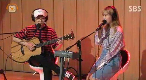 Akdong Musician Admits That Their Songs Are Difficult To Sing