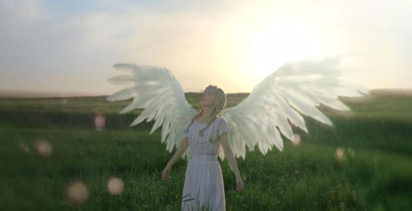 """Listen: Full Song For Taeyeon's Remake of BoA's """"Atlantis Princess"""" Revealed"""