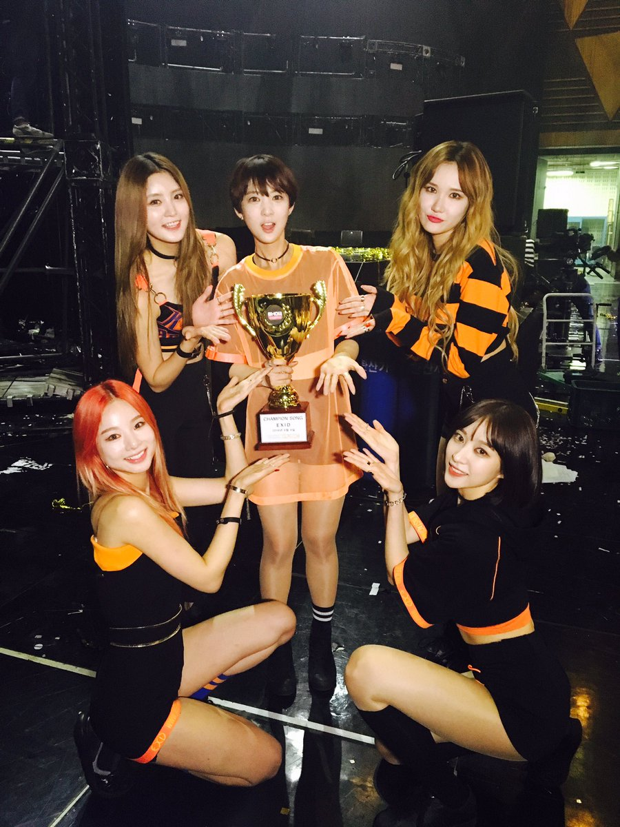 "EXID Takes 1st Win For ""L.I.E"" On ""Show Champion,"" Performances By SS301, Luna, U-KISS, And More"