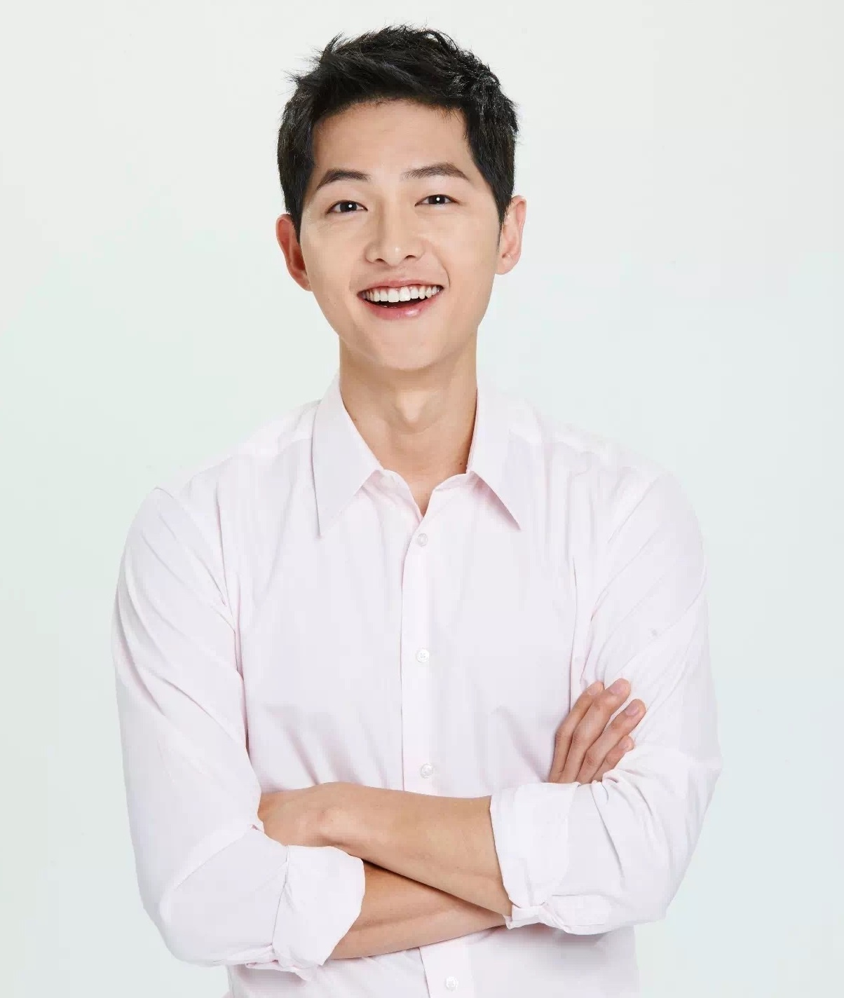 Chinese Flight Attendant Becomes Famous For Being A Song Joong Ki Look-Alike