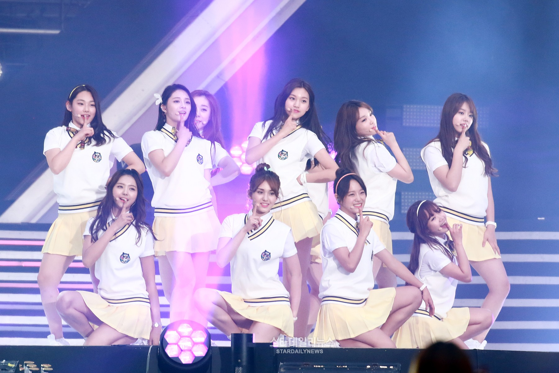 I.O.I's First Unit Group Members Revealed