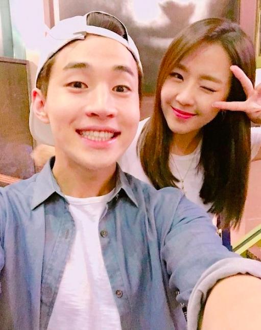 henry dating yewon