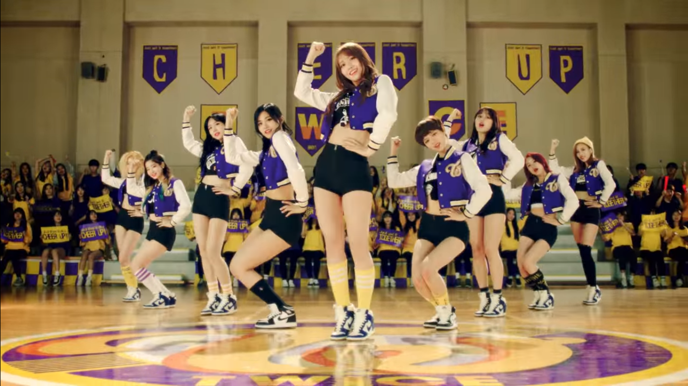 """TWICE Sets A New Record With """"Cheer Up"""" MV Views"""